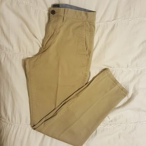EUC GAP Slim Fit Khakis